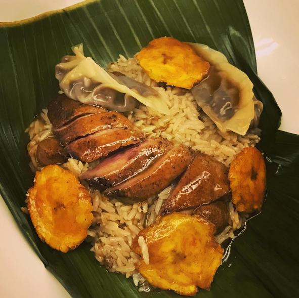 pato azulón, arroz y mole